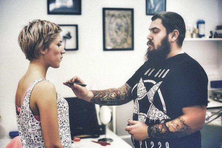 Как общаться с тату-мастером - Вопросы татуировщику - Как общаться с татуировщиком
