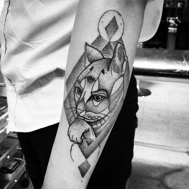 Тату кот - Тату кот абстракция - Татуировка кот абстракция