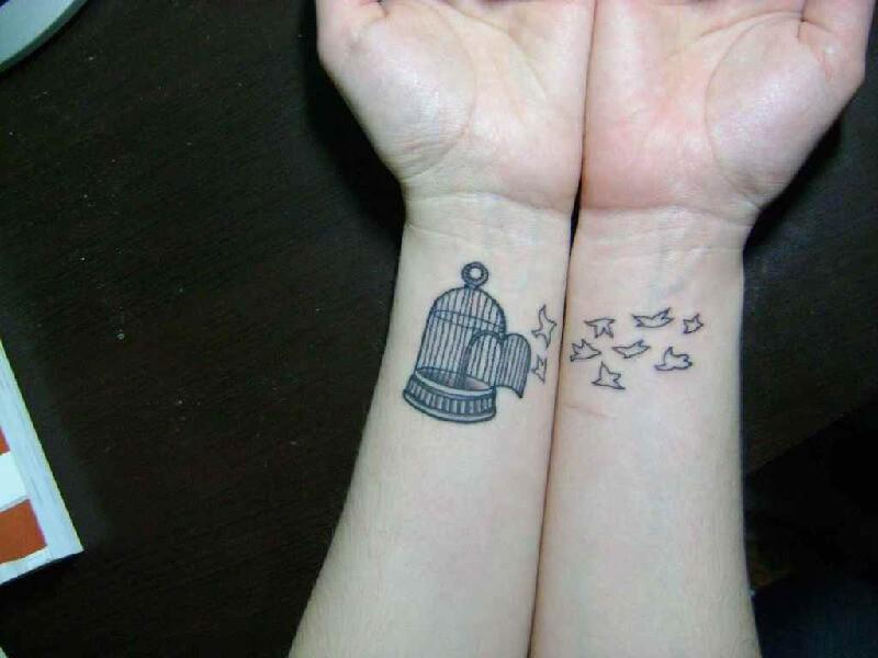 Тату птицы - Тату на запястье птицы - Татуировка птицы на запястье