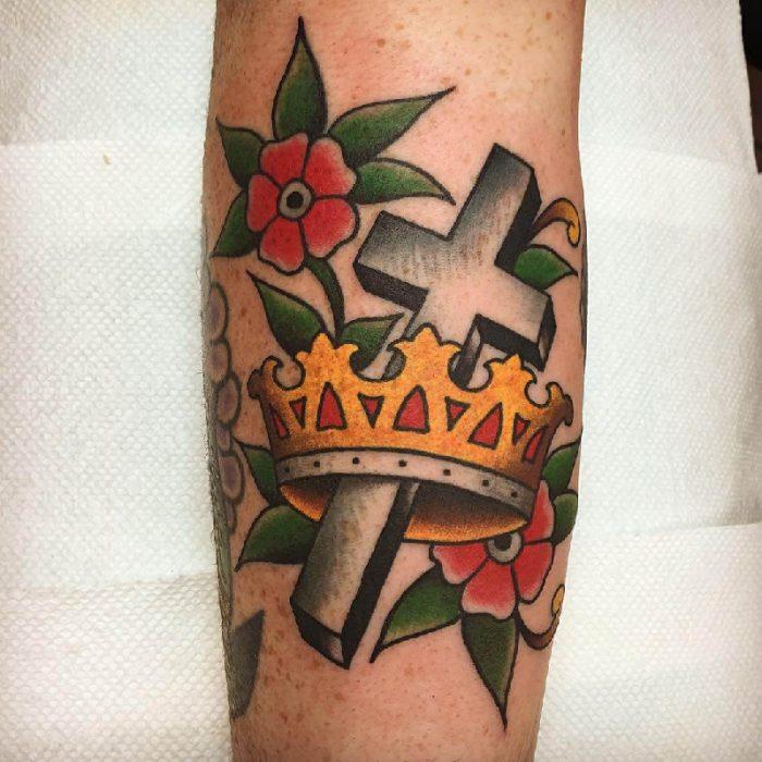 тату корона - татуировка корона - тату корона значение -тату корона эскиз